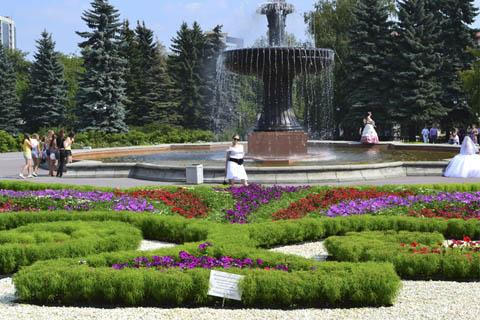 Погулять в парке Екатеринбурга.