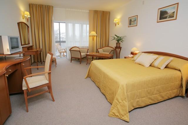 Где находятся отели и гостиницы в Екатеринбурге?