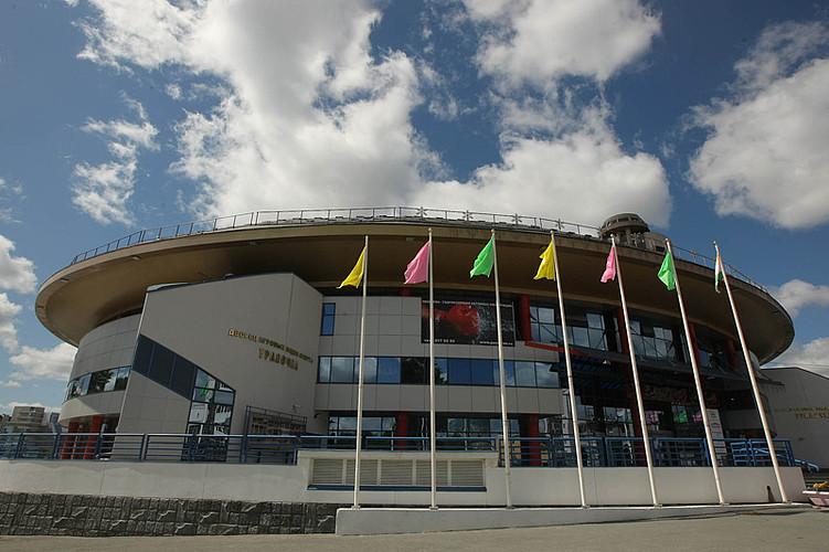 Какие дворцы спорта и бассейны посетить в Екатеринбурге?