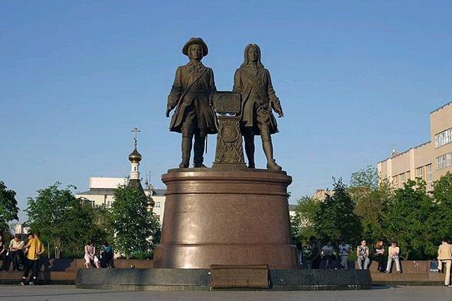 Необычные пешеходные экскурсии по Екатеринбургу