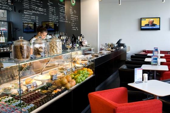 Где находятся недорогие кофейни в Екатеринбурге?